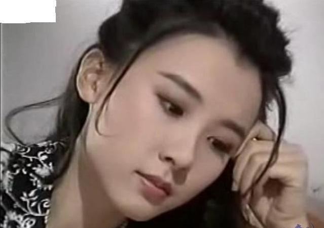 取代林志玲成台湾第一美女,帮唐嫣小三洗白结果自己成小三?