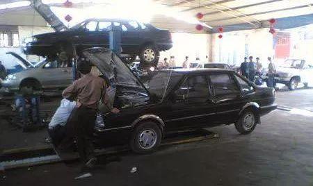 19款丰田塞纳四驱MPV 对比18款增配现车