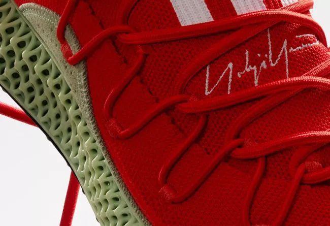 adidas Y-3 推出全新山本耀司4D 跑鞋