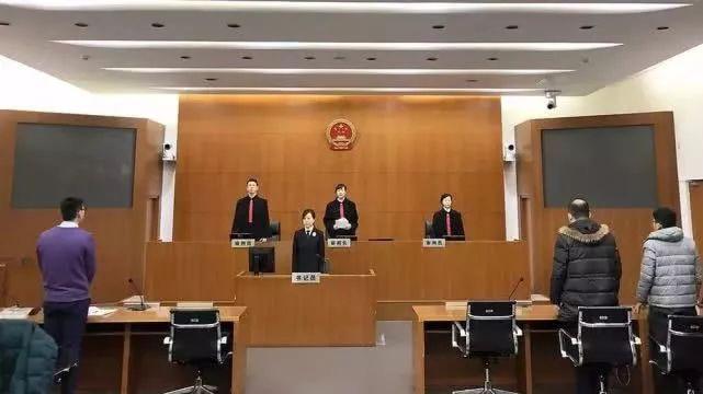 上海一网红餐饮店致68人中毒,涉事企业被罚百万并吊销许可证_经营