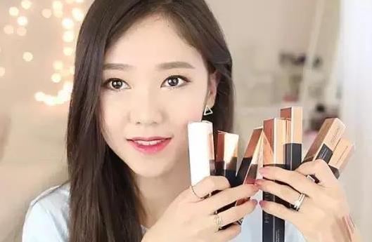 同样化妆品,为何美妆博主化出来的妆叫精致,你化出来的妆叫粗糙