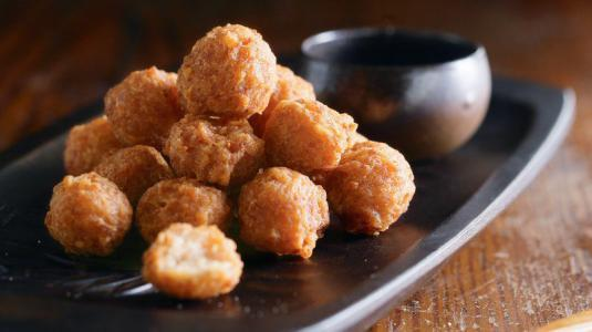 过年常吃的油炸丸子含有致癌物?营养师:学会4个烹饪技巧来解决