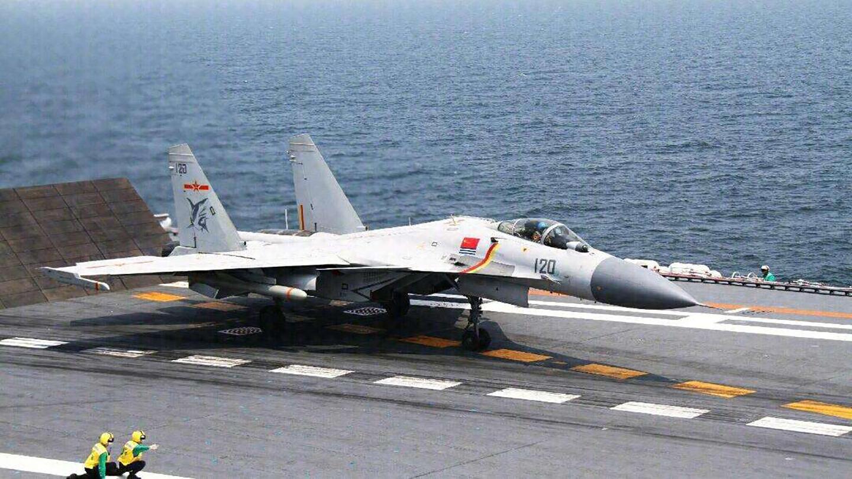 中國證實電磁彈射器 殲15彈射版將要問世 戰斗力比肩F18_我國