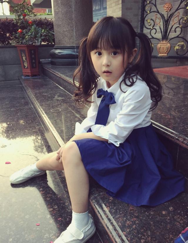 太漂亮被粉丝要求不能整容的童星:刘楚恬、纪姿含成未来流量预定