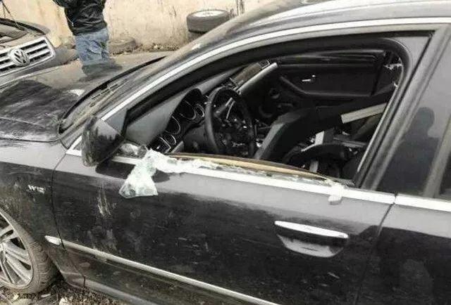 报废很久的奥迪豪车让保时捷都害怕的是发动机上这个标识