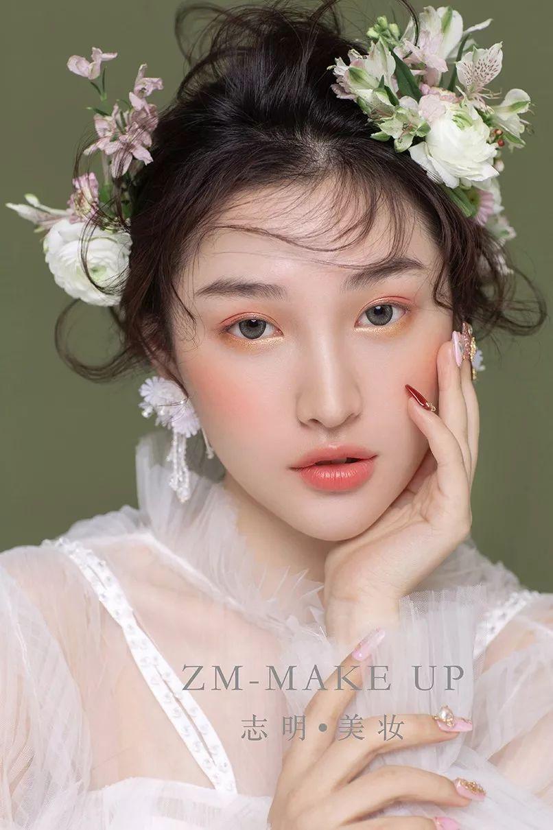 2019最新鲜花新娘造型,你会爱吗?图片