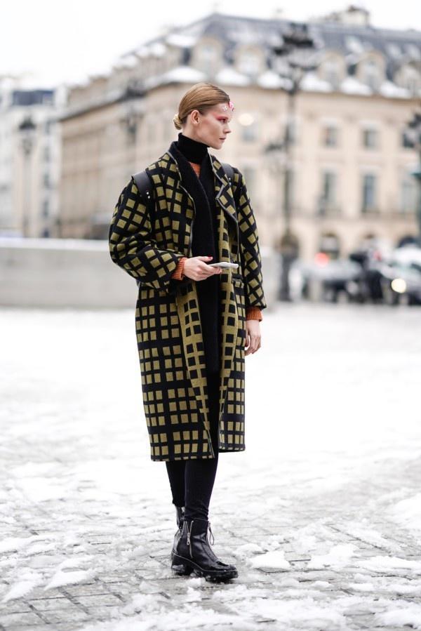 一件大衣搞定冬日出街最IN穿搭,時尚、大氣、又保暖! 形象穿搭 第7張