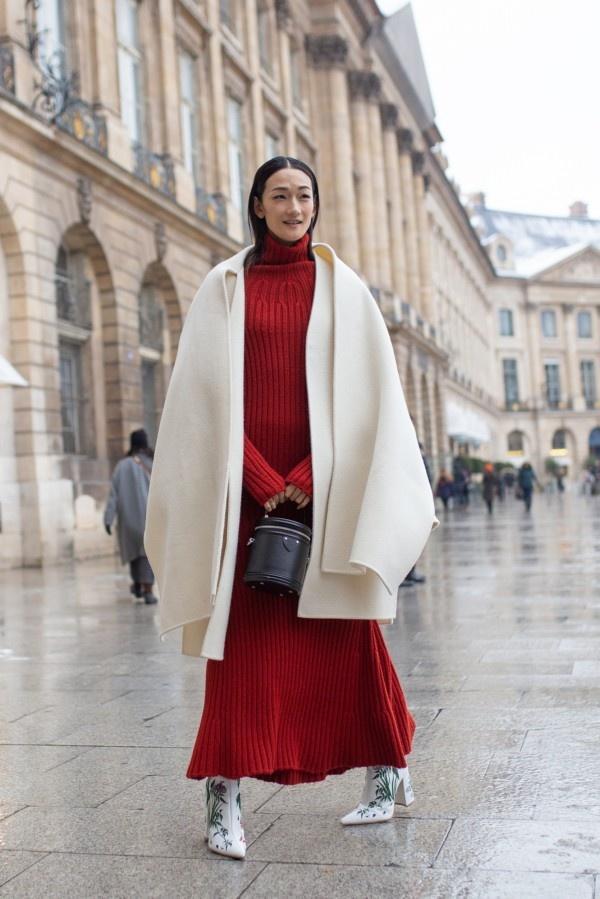 一件大衣搞定冬日出街最IN穿搭,時尚、大氣、又保暖! 形象穿搭 第4張