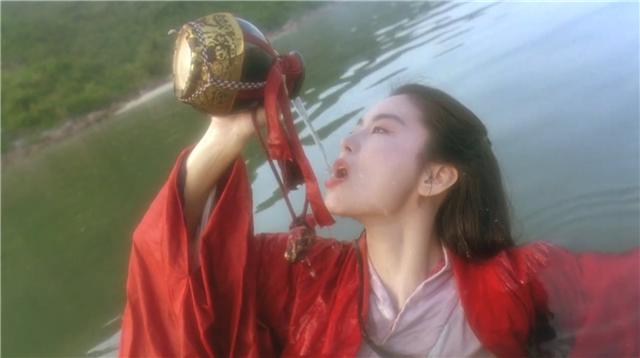 """香港电影里的7个惊艳瞬间:只有第4个没当过周星驰""""女朋友""""(图3)"""