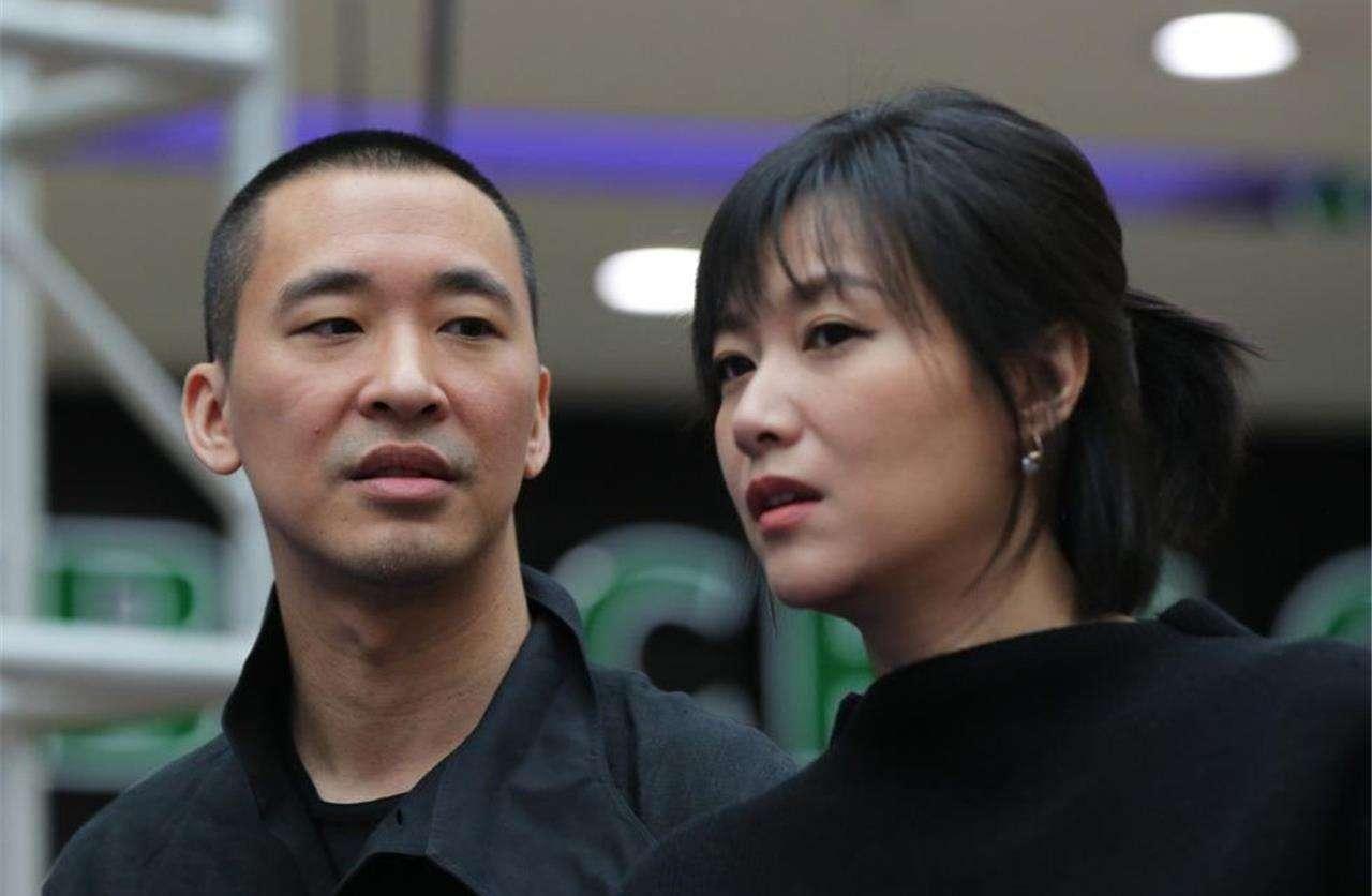 徐静蕾和黄立行结婚了?媒体人刘春祝她新婚快乐