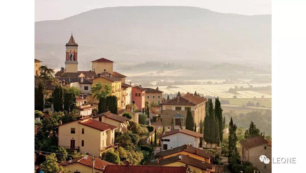 BRUNELLO CUCINELLI - 「采菊東籬下,悠然見南山」般的簡單生活 形象穿搭 第2張