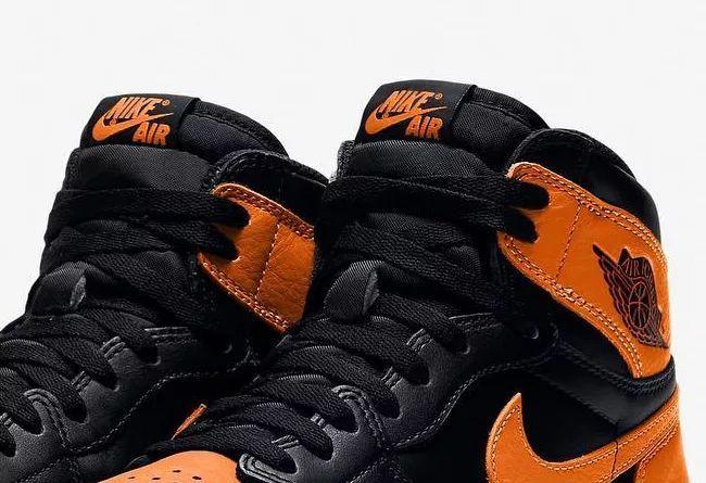 接下来有 9 个配色 Air Jordan 1