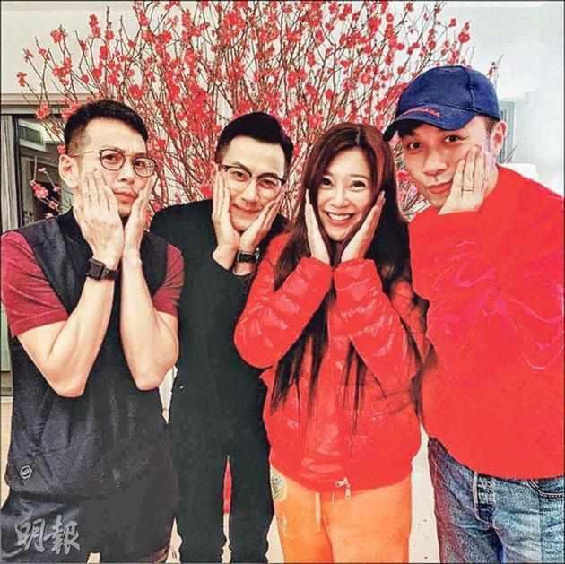 離婚后首個春節劉愷威與古巨基等合體 楊冪忙工作_微博