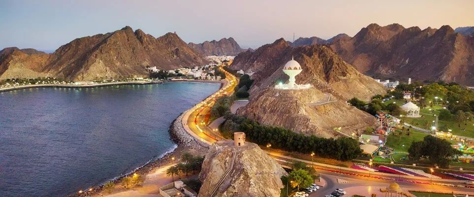 迪拜去阿曼一日游怎么方便