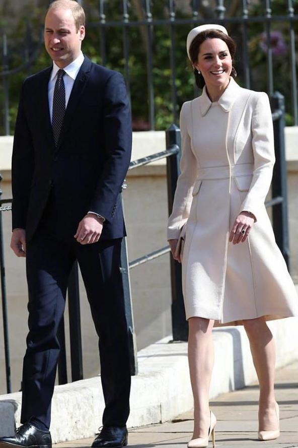 凱特王妃換了髮型,也換了禮帽,看起來像個小護士 形象穿搭 第7張