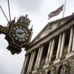 英国央行按兵不动 下调今明两年经济增长预期