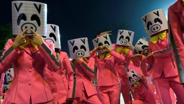 【意·奇葩】过猪年也遭抗议? 动物主义者痛哭:中国人把世界上一半的猪吃了!