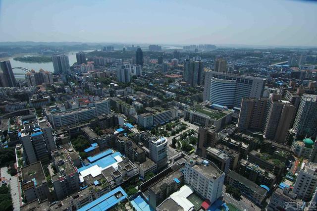 2021年前三季度宝鸡gdp_25省区市前三季度GDP之和超全国总量 天津增速居首