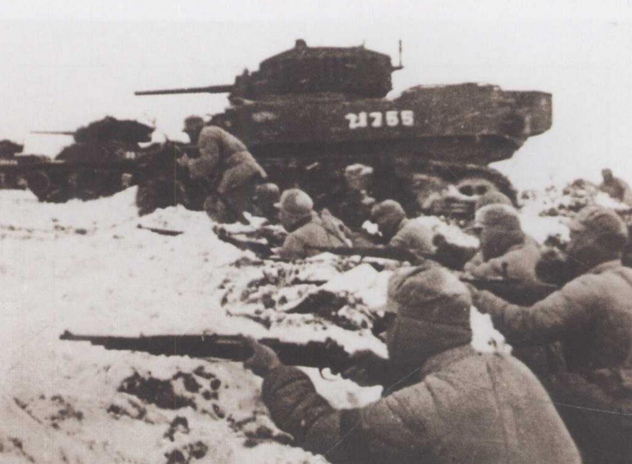 面對粟裕絕對優勢的坦克大炮,國軍潰兵居然逆襲!重創4輛坦克_華野