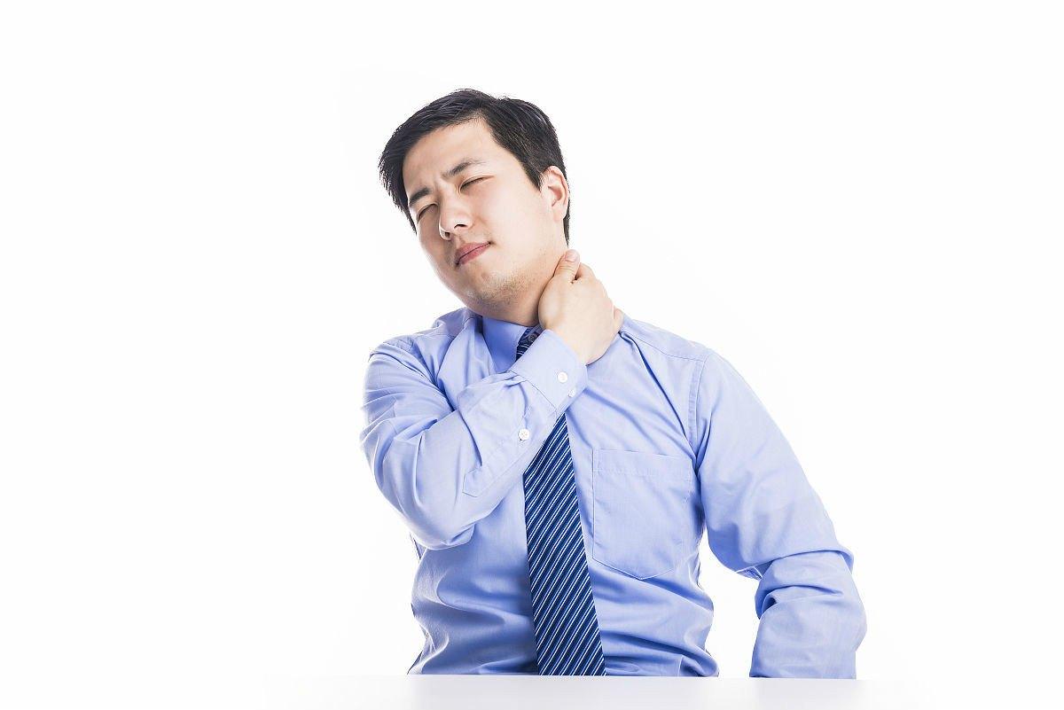推拿治疗颈椎病的原理_颈椎病推拿图片