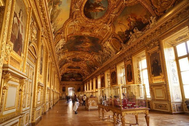 最美蒙娜麗莎卻是盧浮宮最小名畫,不認真找不到,認真也看不清_畫作