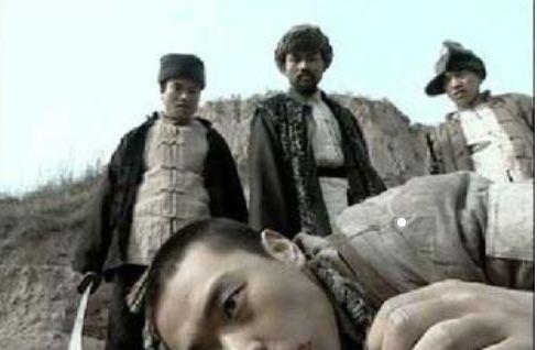 亮劍:保安團拿黑云寨沒辦法,為何李云龍帶著一個營輕松就滅了?_土匪