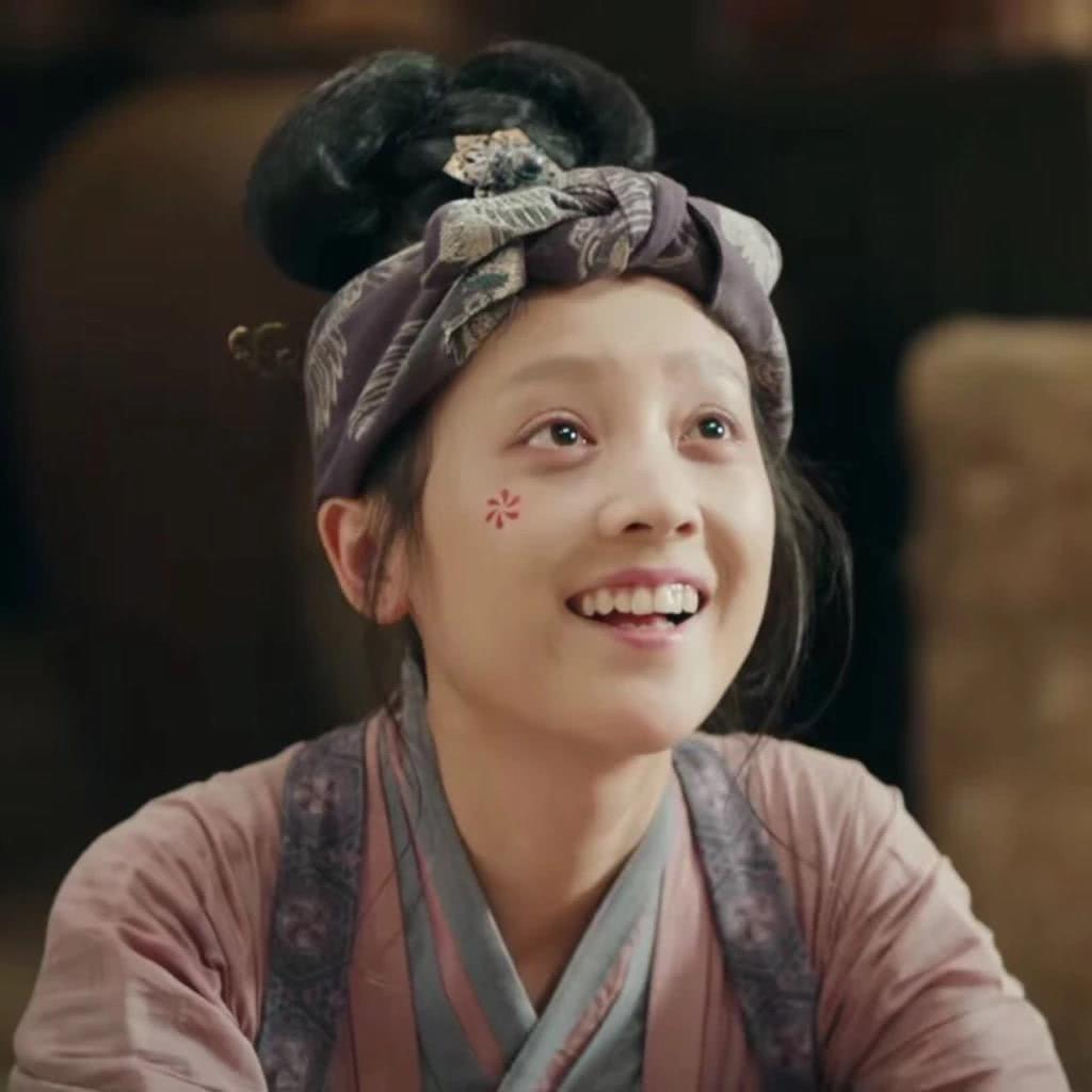海兰珠和大玉儿_何花最美的一个角色,其实不是孟婆而是这个角色_作品