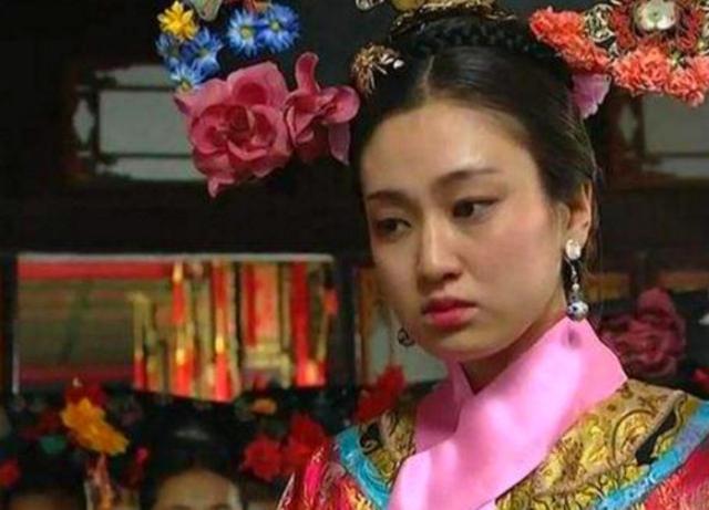 贾蓉一句玩笑话,点出了贾元春省亲才是导致贾府衰败的真正原因