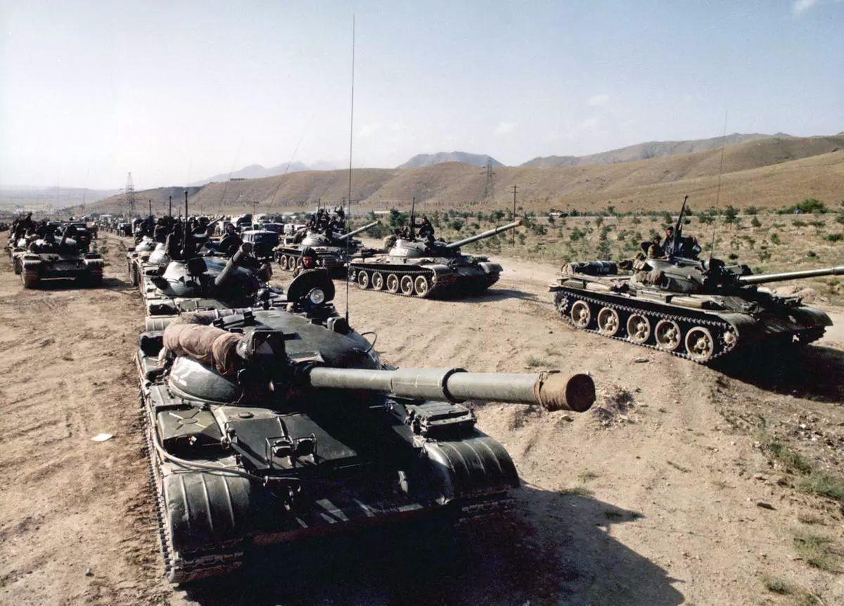 俄羅斯出面也白搭!稱數萬作戰兵力準備與美軍打持久戰:奉陪到底_蘇聯