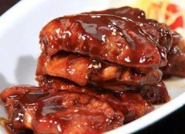 不用一滴油,教你做健康好吃的可樂雞翅,香嫩誘人又營養,很美味_不粘鍋