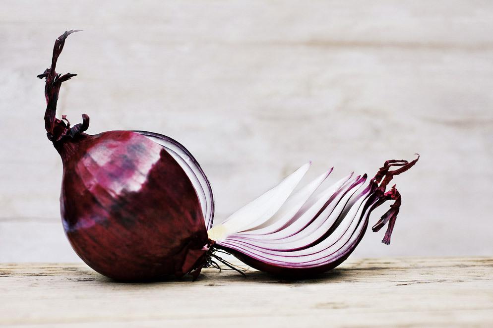 洋蔥是血管清道夫,堅持吃不易出現三種疾病,但兩類人卻并不適合_食用