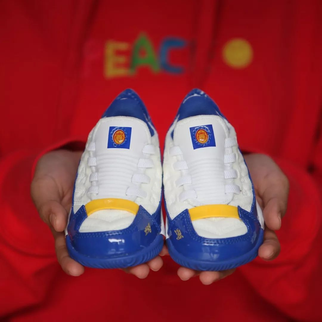 dae52c4c9c6  XH55限量发售   Nike LeBron 16