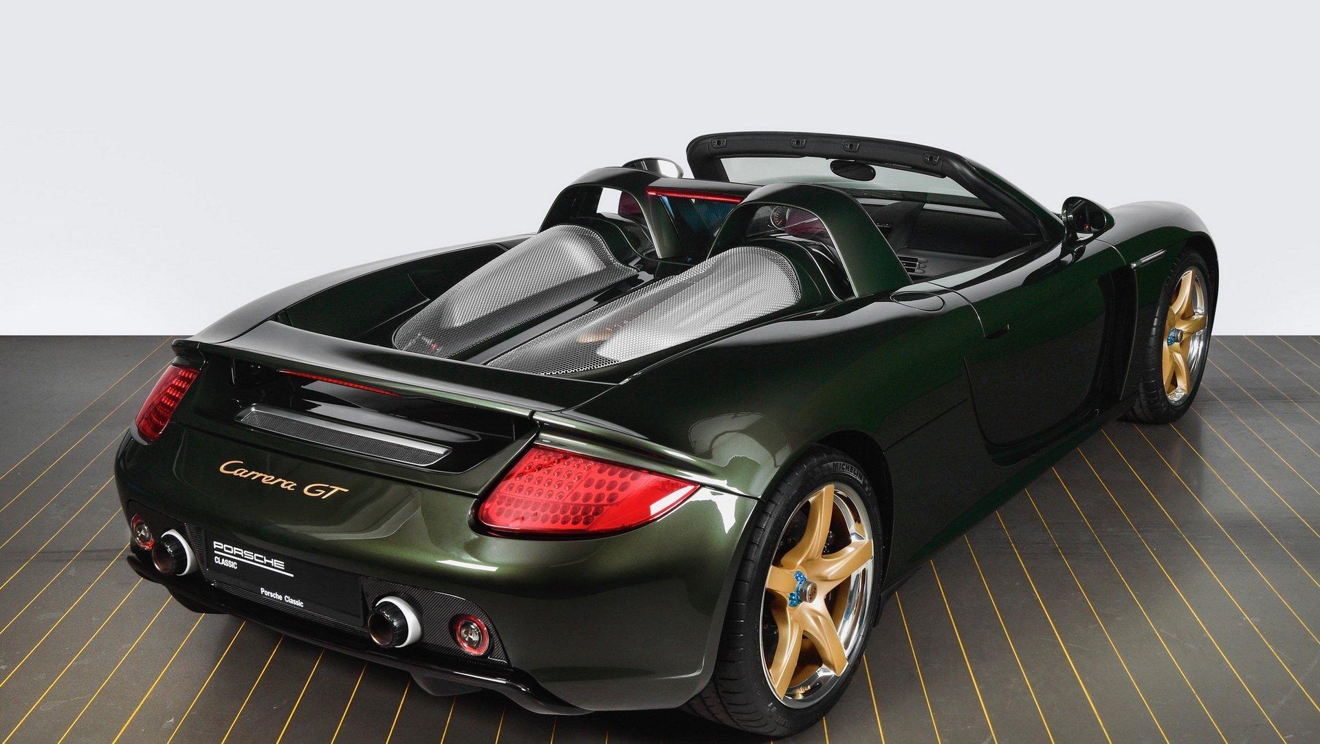 保时捷专家修复重建经典Carrera GT