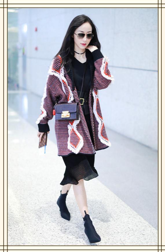 韩雪为了美,大冷天仍坚持穿裙子秀腿,敬业女人的榜样啊!