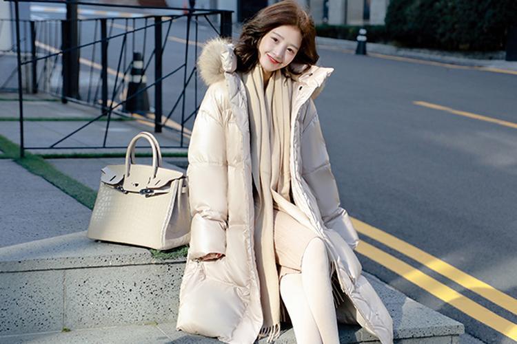 原創             冬季紙片妹羽絨服穿搭有妙招,擺脫平板身穿出時髦架式 形象穿搭 第16張