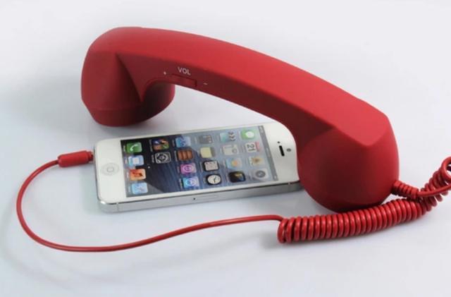 網友盤點購買過的沙雕數碼產品:這款iPhone配件腦路清奇