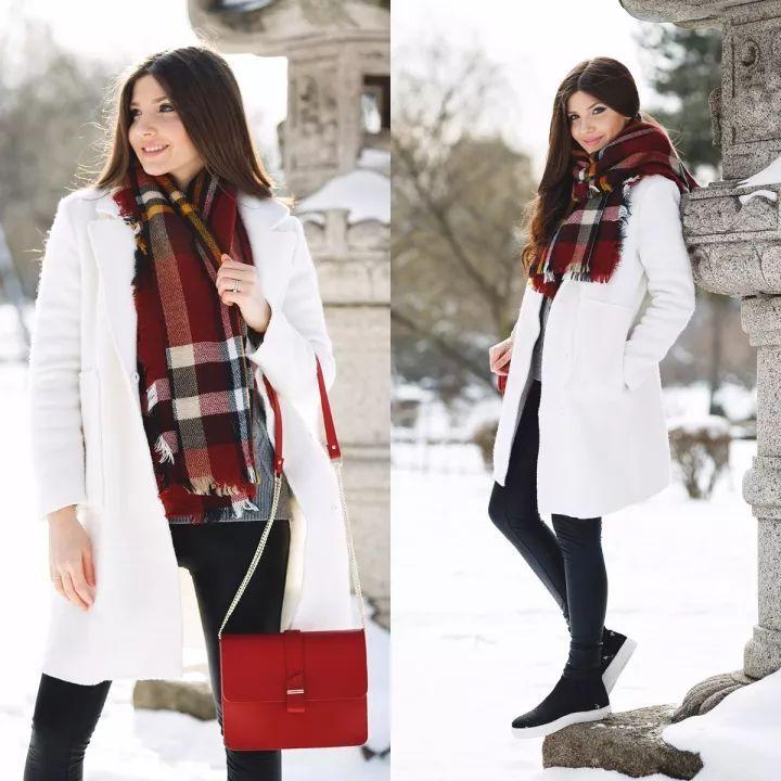 什麼顏色的大衣就搭什麼圍巾,這才是最實用的穿搭法! 形象穿搭 第40張