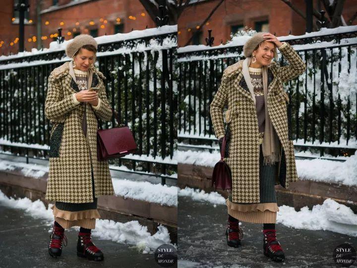 什麼顏色的大衣就搭什麼圍巾,這才是最實用的穿搭法! 形象穿搭 第32張