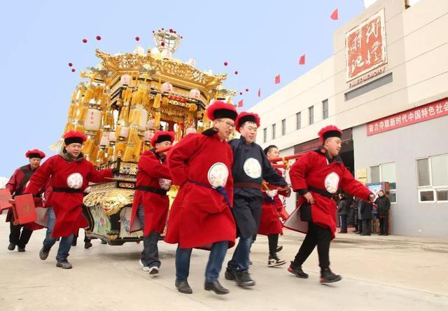 天津市津南区葛沽宝辇花会在荣程集团时代记忆园区举行