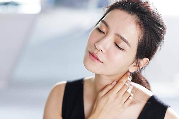 皮肤管理:面部分区护理的重要性