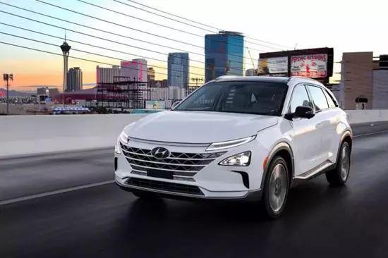 聚焦氢燃料电池车车企两会代表献计新能源发展