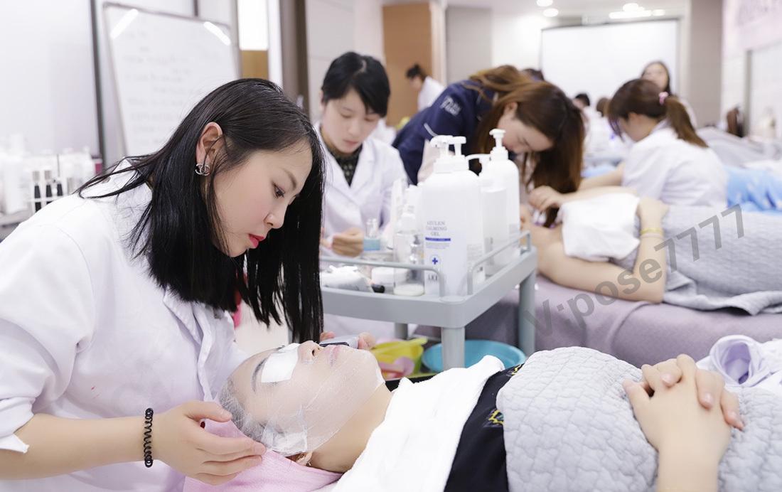 皮肤管理:如何选择适合自己的卸妆产品
