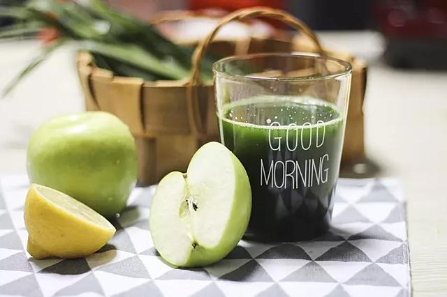 孕妇能不能喝淡绿茶_只知道喝水喝牛奶?其实这些也是孕产期的高分饮品~_妈妈