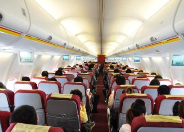 """搭乘飞机时有3种隐藏""""福利"""",需要乘客主动开口,可不要错过!"""