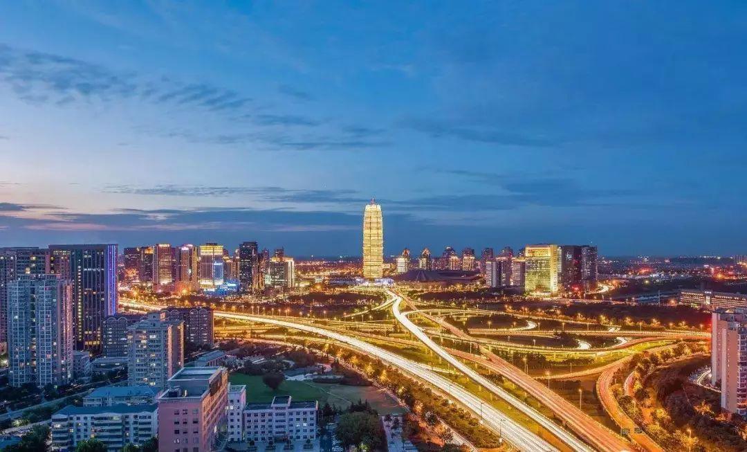 郑州有多少人口_贺岁论坛丨中原之都星火燎原,创新创业共话新机遇 亿欧