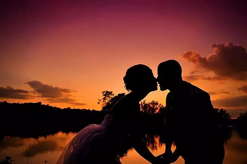 和合心理:婚姻是相互扶持,而不是扶贫.