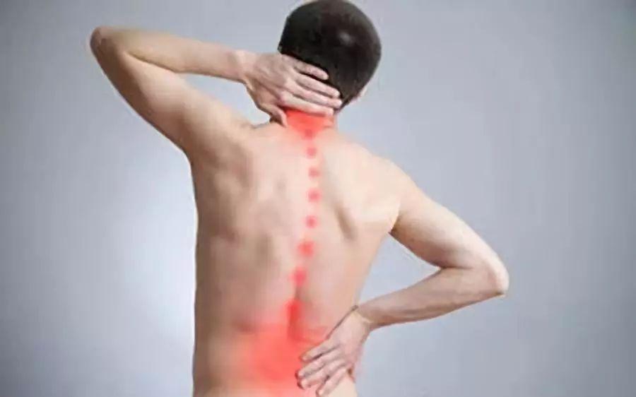 """颈椎病的6个误区,你给有""""中招"""""""
