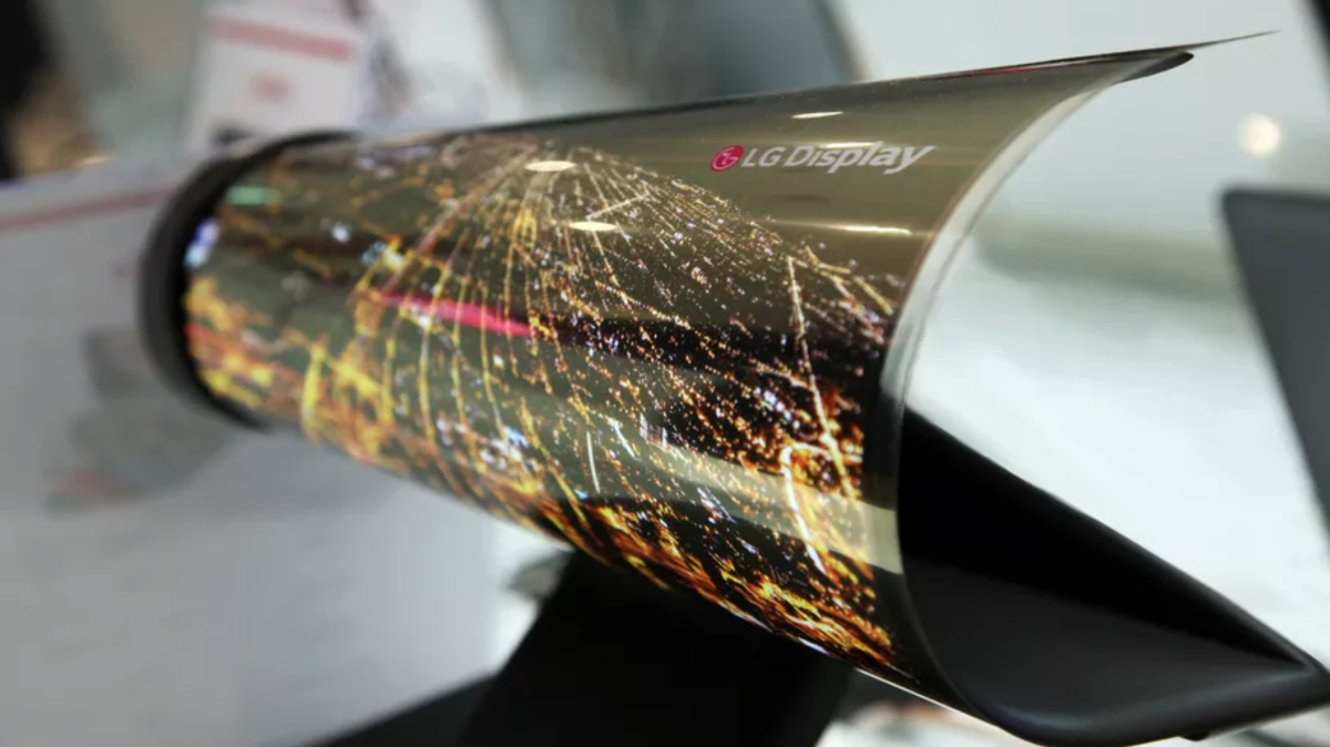 LG  表示自家的折叠屏手机技术已经准备就绪,但现在推出为时尚早