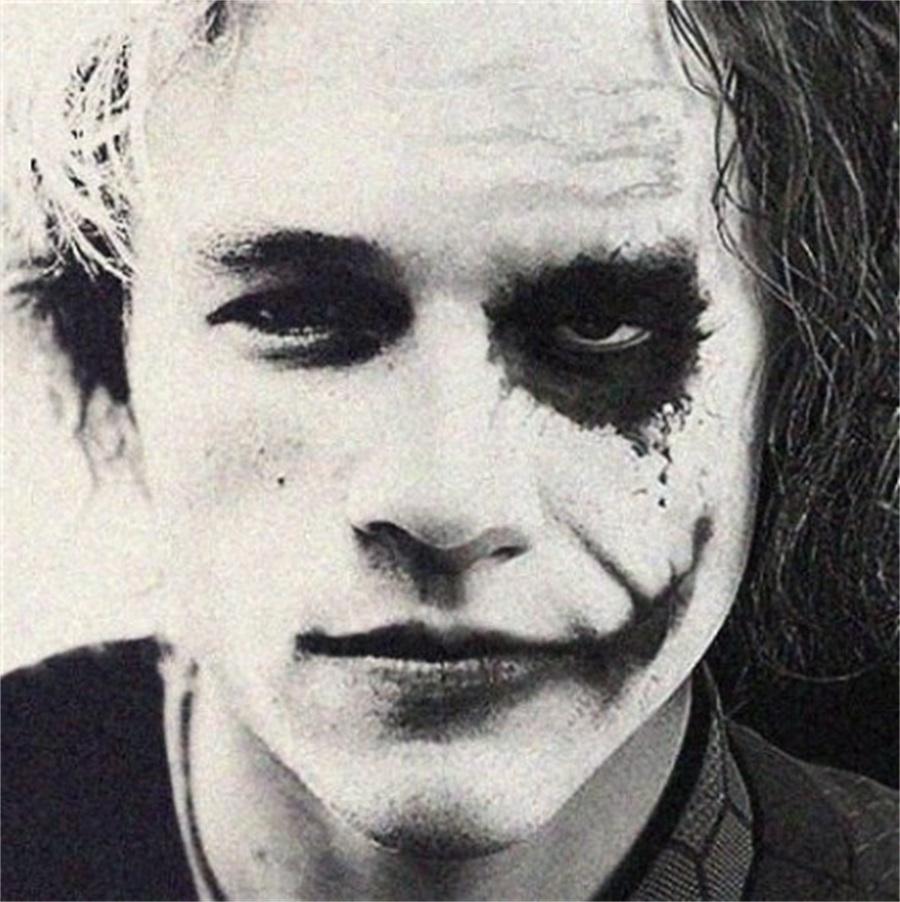 小丑图片头像伤感图片