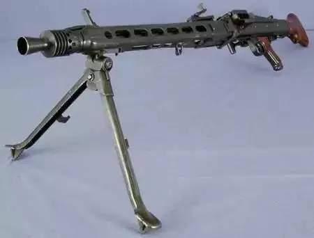 二战美军单兵弹药_从最坑爹到最优秀,二战中的轻武器之最_子弹